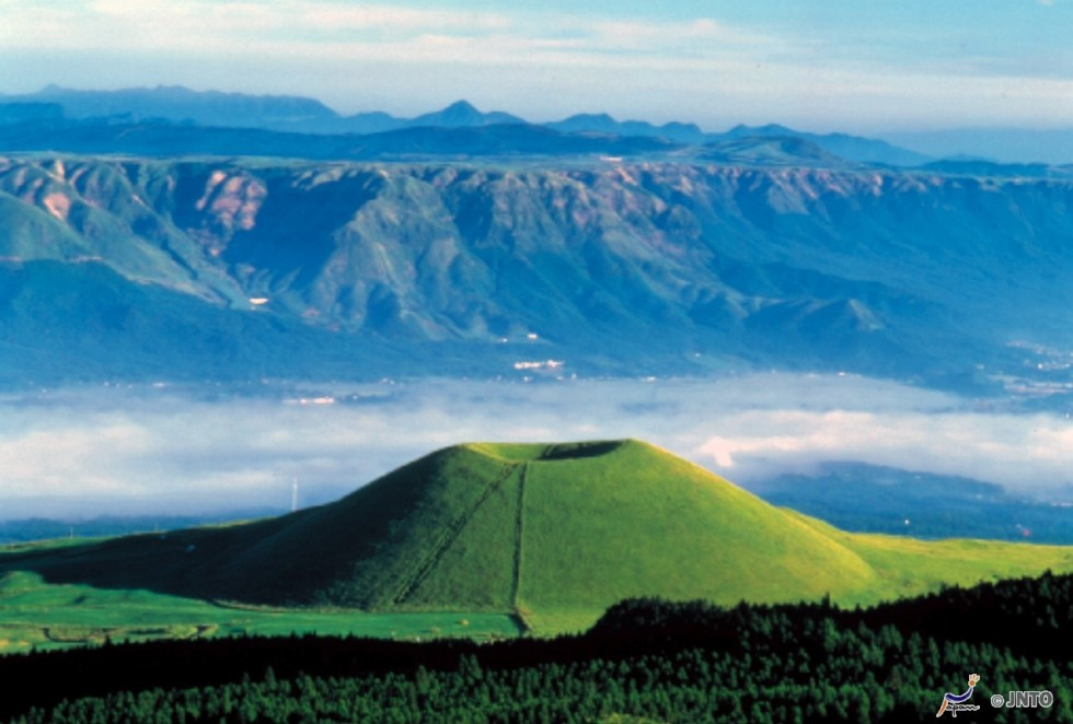 Mont Aso - JNTO - Préfecture de Kumamoto