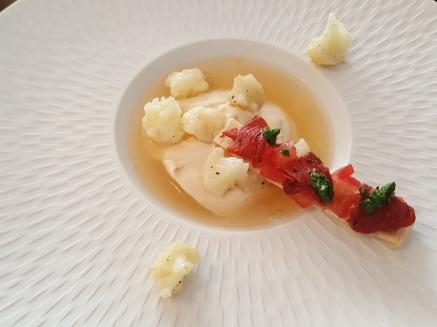 20190719_123152.jpgHito - mousse aux choux-fleurs, gelée aux tomates